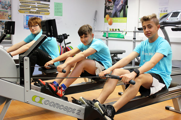 Cancer Research Rowing 1